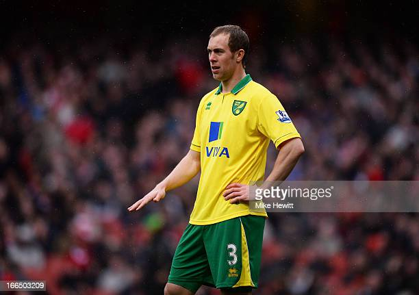 Steven Whittaker of Norwich City in action during the Barclays Premier League match between Arsenal and Norwich City at Emirates Stadium on April 13...