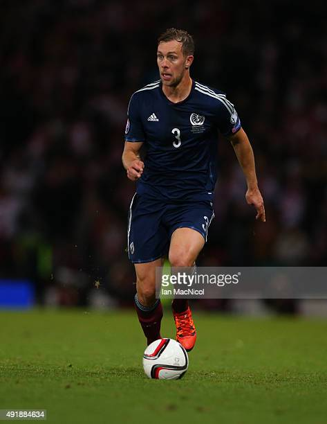 Steven Whittaker of Scotland controls the ball during the UEFA EURO 2016 qualifier between Scotland and Poland at Hampden Park on October 08 2015 in...