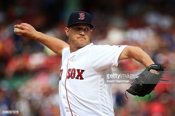 Steven Wright of the Boston Red Sox delivers in the first inning during the game against the Tornoto Blue Jays at Fenway Park on June 4 2016 in...