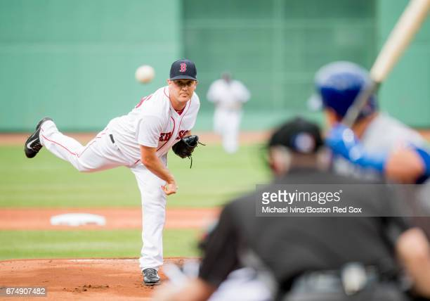 Steven Wright of the Boston Red Sox pitches against the Chicago Cubs in the first inning at Fenway Park on April 29 2017 in Boston Massachusetts