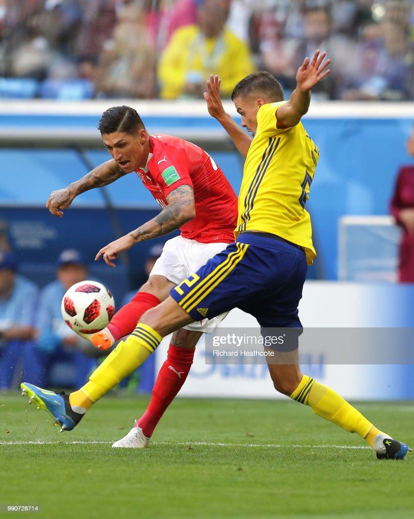 Sweden v Switzerland: Round of 16 - 2018 FIFA World Cup Russia : Foto jornalística
