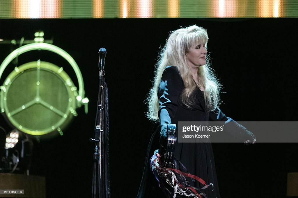 Stevie Nicks performs on stage at BB&T Center on November 4, 2016 in Sunrise, Florida.