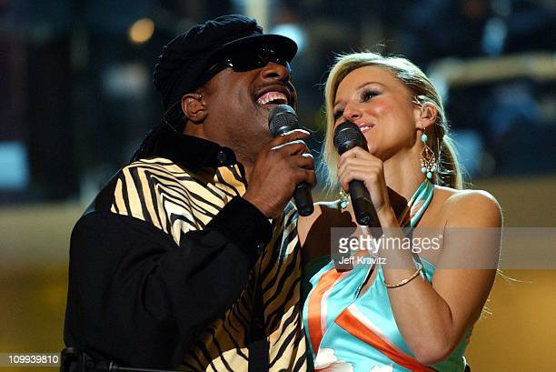 Stevie Wonder and Jewel during VH1 Divas Duets A Concert to Benefit the VH1 Save the Music Foundation Show at MGM Grand in Las Vegas Nevada United...