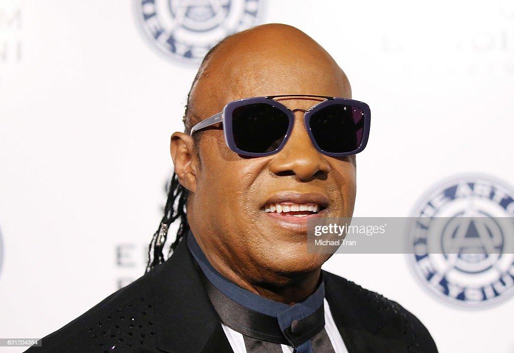 Stevie Wonder arrives at The Art of Elysium celebrating the 10th Anniversary held at Red Studios on January 7, 2017 in Los Angeles, California.