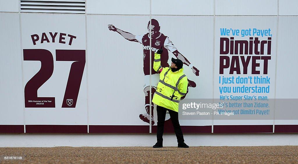 West Ham United v Crystal Palace - Premier League - London Stadium : News Photo