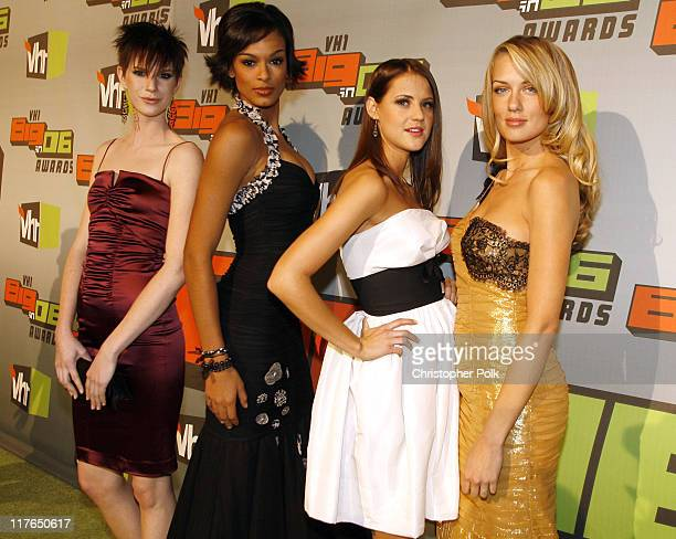 AJ Stewart Jaeda Young Brooke Miller and Joanie Dodds from America's Next Top Model