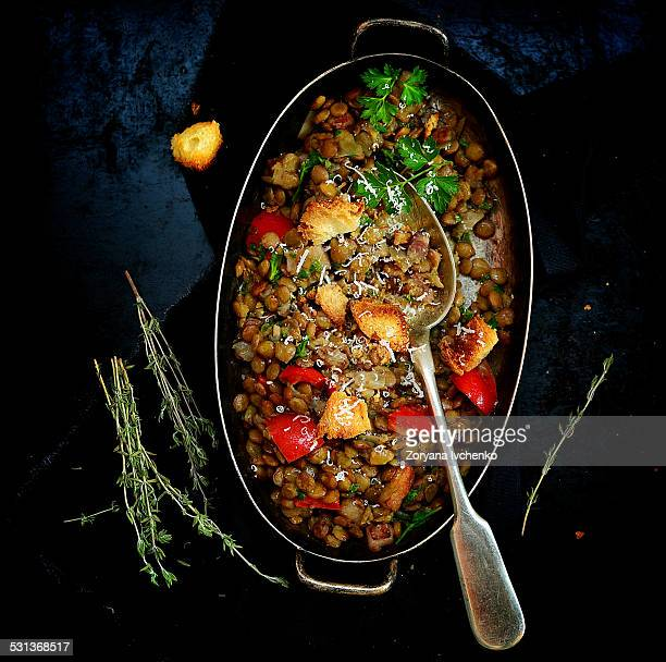 Stewed lentil with vegetables and croutons
