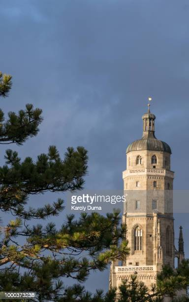 st.-georgs-kirche (der daniel) - kirche stock pictures, royalty-free photos & images