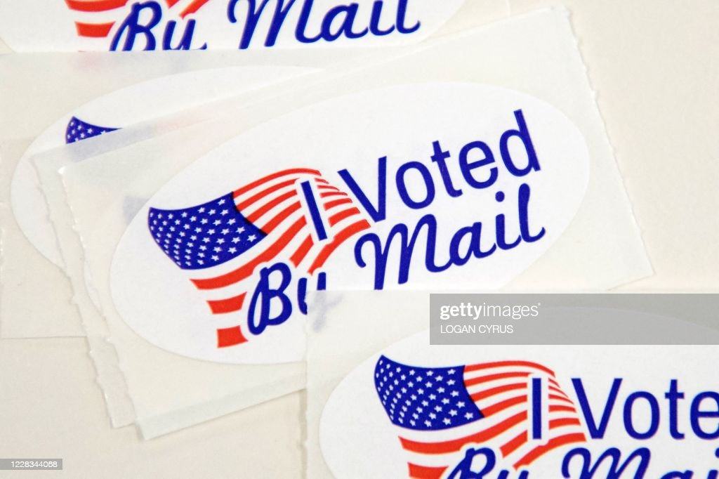 US-POLITICS-VOTE-MAIL : News Photo