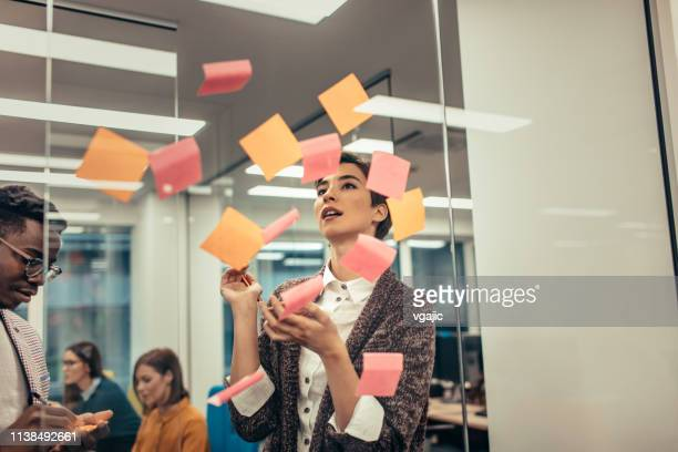 sticky notes - announcement message stock pictures, royalty-free photos & images