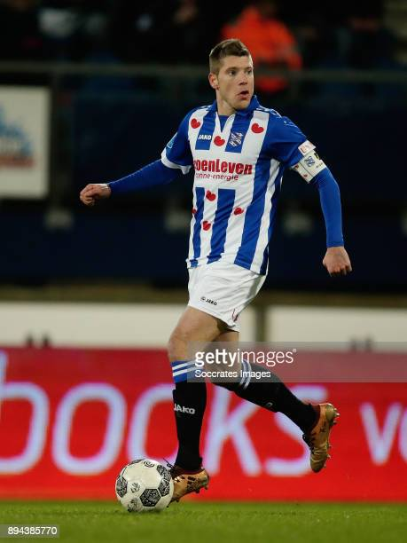Stijn Schaars of SC Heerenveen during the Dutch Eredivisie match between SC Heerenveen v NAC Breda at the Abe Lenstra Stadium on December 16 2017 in...