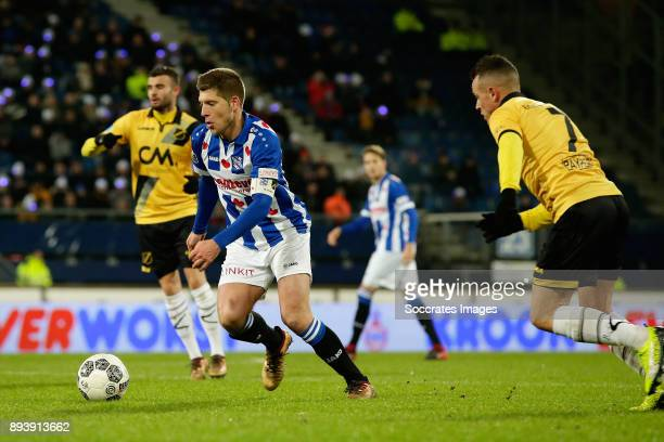 Stijn Schaars of SC Heerenveen Giovanni Korte of NAC Breda during the Dutch Eredivisie match between SC Heerenveen v NAC Breda at the Abe Lenstra...