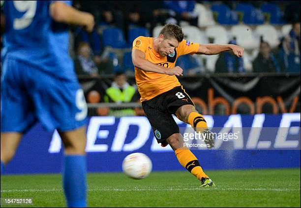 Stijn Schaars of Sporting Portugal scores during the Europa League group G match between Racing Genk and Sporting Clube de Portugal on October 25...