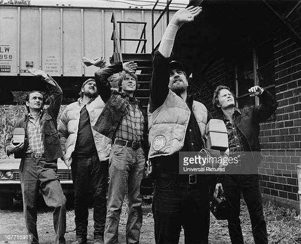 Still from the film 'The Deer Hunter', 1978. From left to right, John Cazale, Chuck Aspegren, Christopher Walken, Robert De Niro and John Savage.