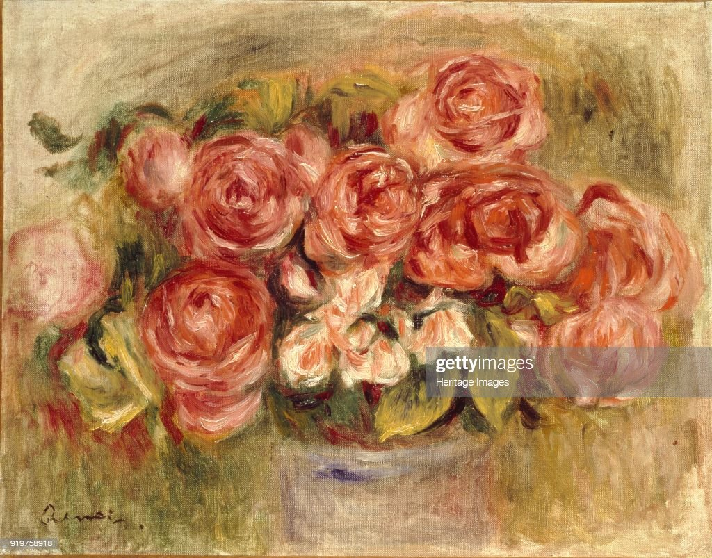 Still Life Of Roses In A Vase : News Photo