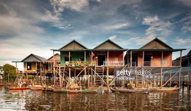stilt homes at floating village - シェムリアップ ストックフォトと画像