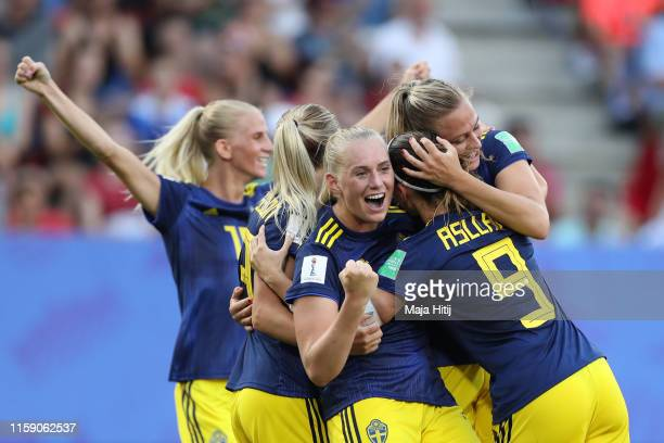 Stina Blackstenius of Sweden celebrates as he scores her team's second goal with team mates during the 2019 FIFA Women's World Cup France Quarter...