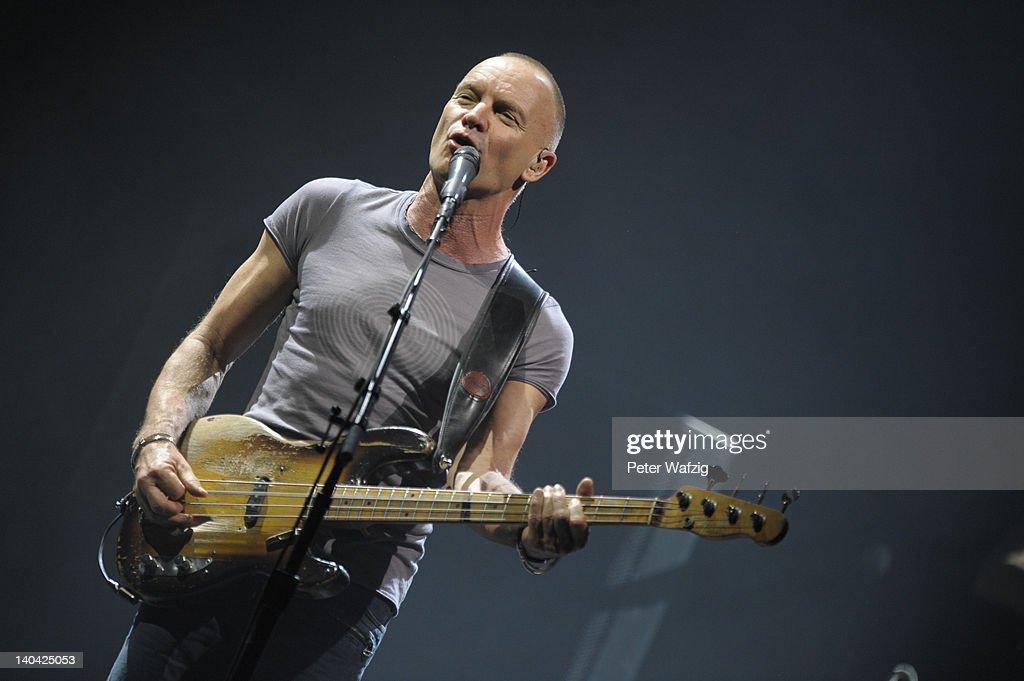Sting Performs At E-Werk Cologne : Nachrichtenfoto