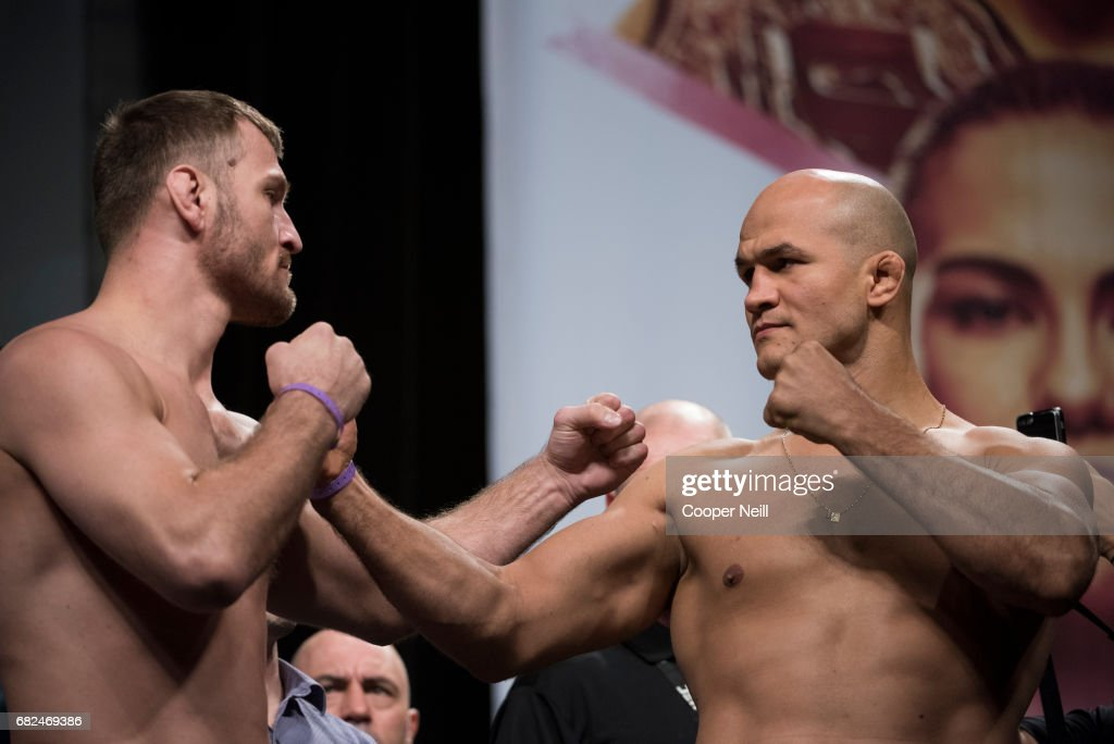 UFC 211 Weigh-in : News Photo