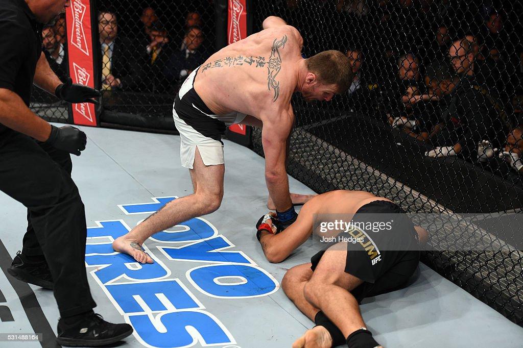 UFC 198: Werdum v Miocic : News Photo