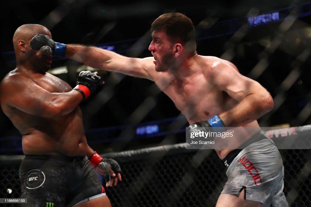 UFC 241 Cormier v Miocic 2 : News Photo