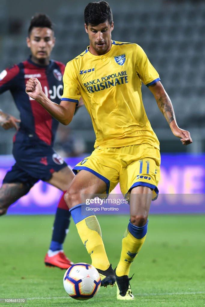 Stipe Perica of Frosinone Calcio controls the ball during ...