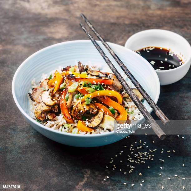 stir-fried pork with vegetables and rice - soy sauce stock pictures, royalty-free photos & images