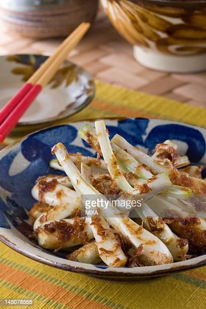 Stir-fried Shima-rakkyo