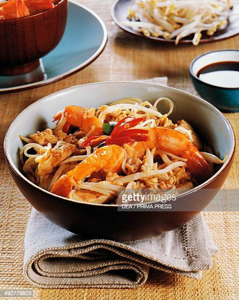 Stirfried soy noodles with prawns and bean sprouts Malaysia