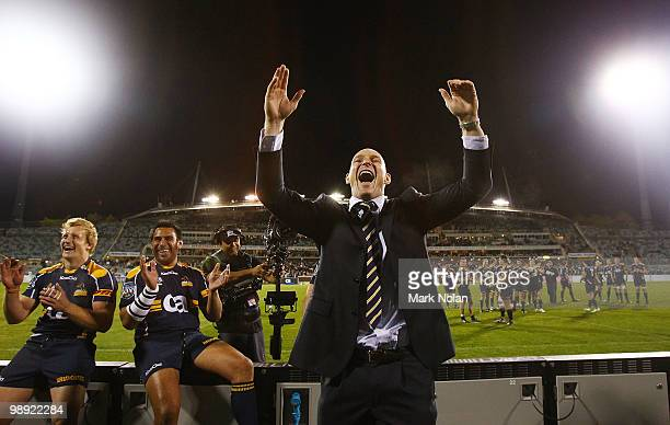 Stirling Mortlock of the Brumbies fairwells the crowd after his last home game after the round 13 Super 14 match between the Brumbies and the...