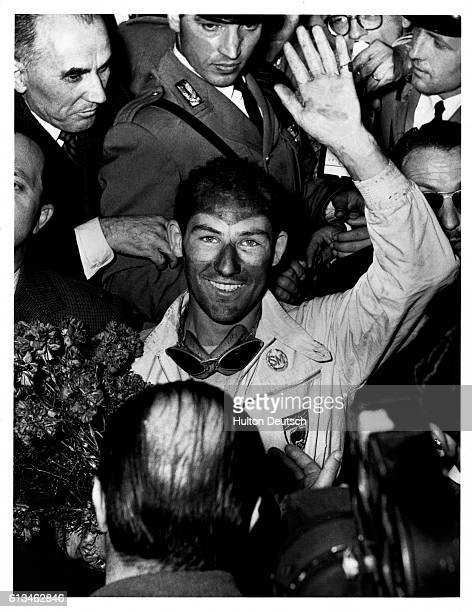 Stirling Moss wins the Mille Miglia of 1955 He sets a new record of 10 hours 7 minutes and 48 seconds | Location Brescia Lombardy Italy