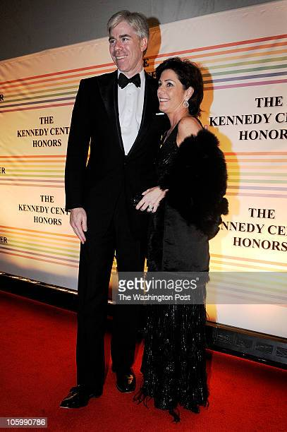 st/kencen DATE CREDIT Jonathan Ernst / FTWP LOCATION WASHINGTON DC CAPTION David Gregory of NBC News and his wife Beth Wilkinson arrive for the...