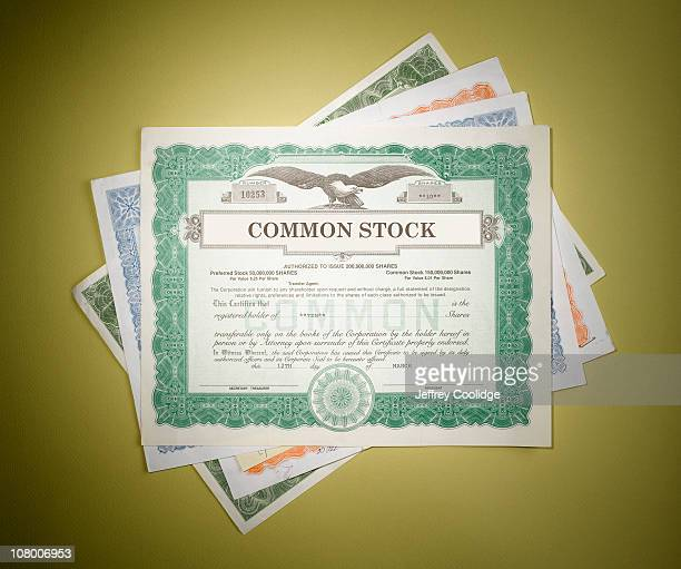 stock certificates - stock certificate stock pictures, royalty-free photos & images