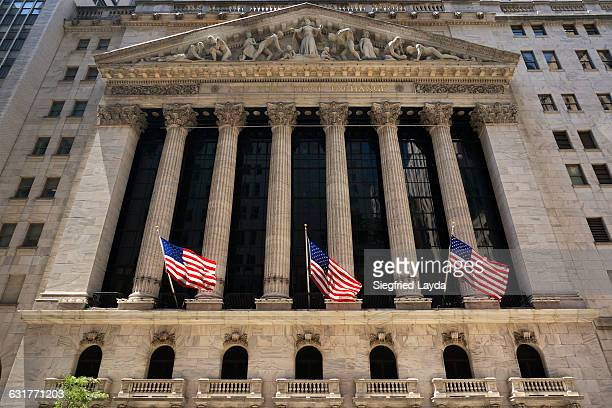 ny stock exchange - wall street lower manhattan stock pictures, royalty-free photos & images