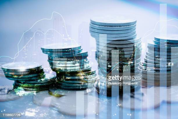 stock market financial exchange and trading graph technology concept - geld stock-fotos und bilder