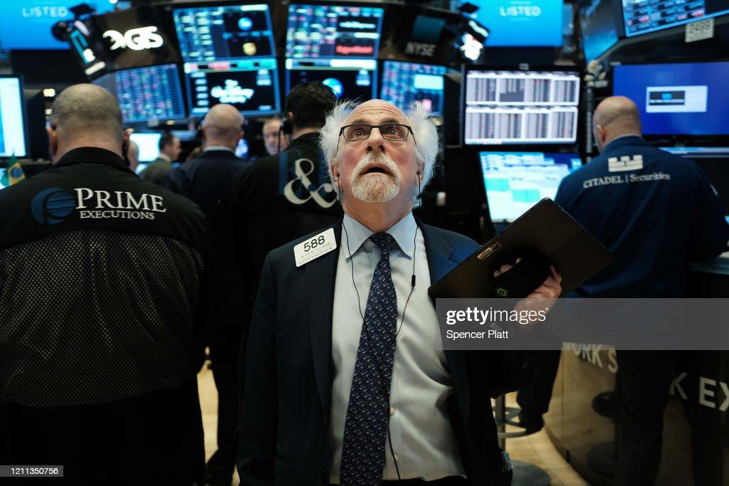 Markets Open As Economic Fears Grow Over Coronavirus Spread : Nachrichtenfoto