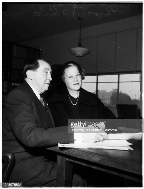 Stocker separate maintenance 04 January 1952 Attorney Jerry GeislerMrs John StockerCaption slip reads 'Photographer Gaze Date Reporter Ludlow...