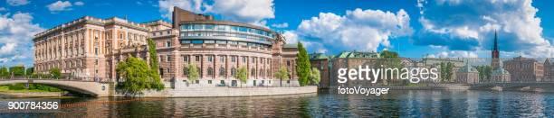 stockholm riksdagshuset parliament house gamla stan riddarholms landmarks panorama sweden - old town stock pictures, royalty-free photos & images