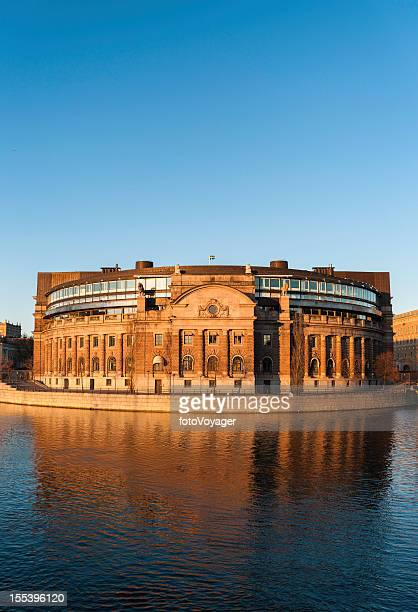 Riksdagshuset Parlamentsgebäude Sonnenuntergang in Stockholm, Schweden