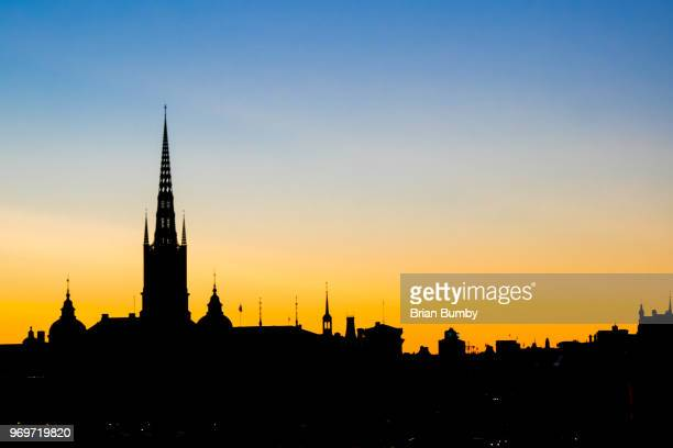 stockholm skyine at sunset - stockholm stock pictures, royalty-free photos & images