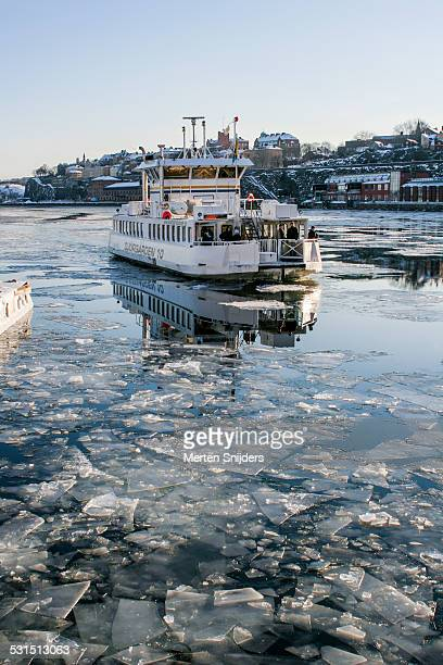 stockholm slussen ferry in winter - merten snijders stock pictures, royalty-free photos & images