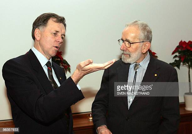 Barry J Marshall and fellow Australian Robin Warren are seen during a press conference in Stockholm 07 December 2005 Both will be 10 December awarded...