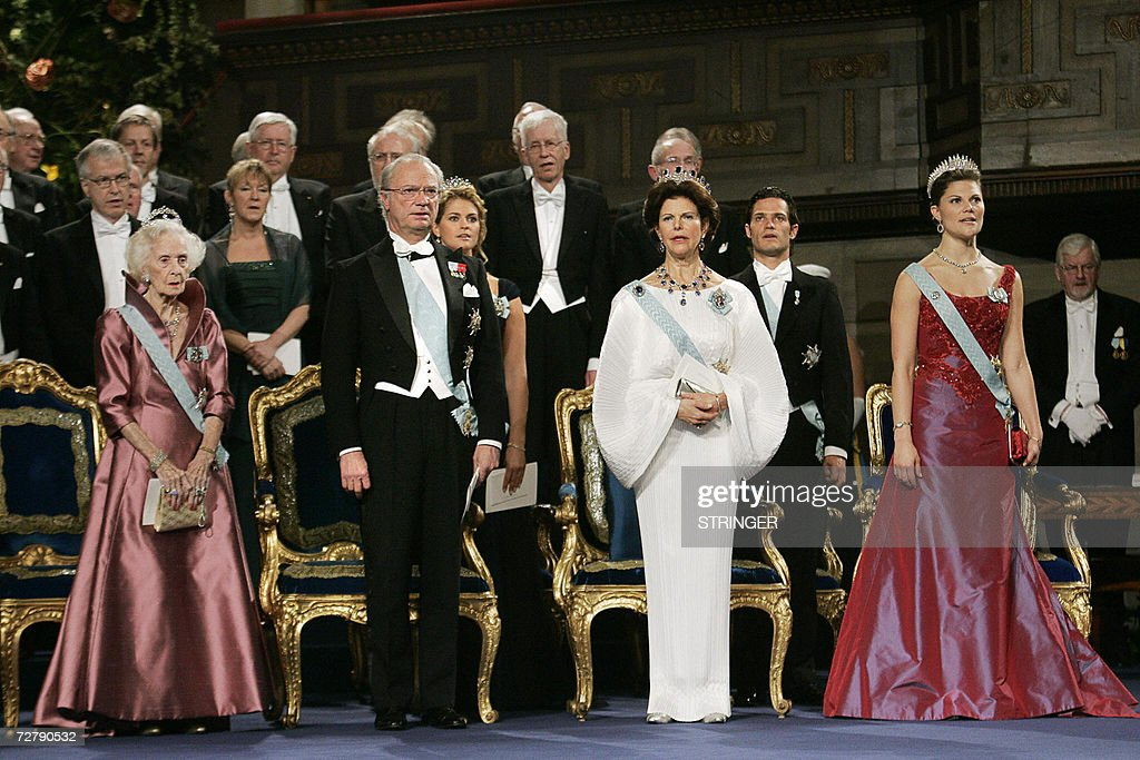 The Swedish Royal Family (L-R) Princess Lilian, King Carl Gustaf, Queen Silvia and Crown Princess Victoria attend the 2006 Nobel Prize ceremony at the Concert Hall in Stockholm, 10 December 2006.