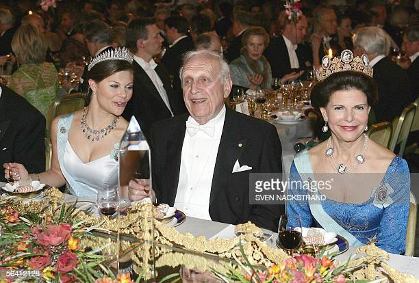 US Professor Roy J Glauber Nobel prize laureate in Physics in conversation with his table lady Swedish Crown Princess Victoria with Queen Silvia at...