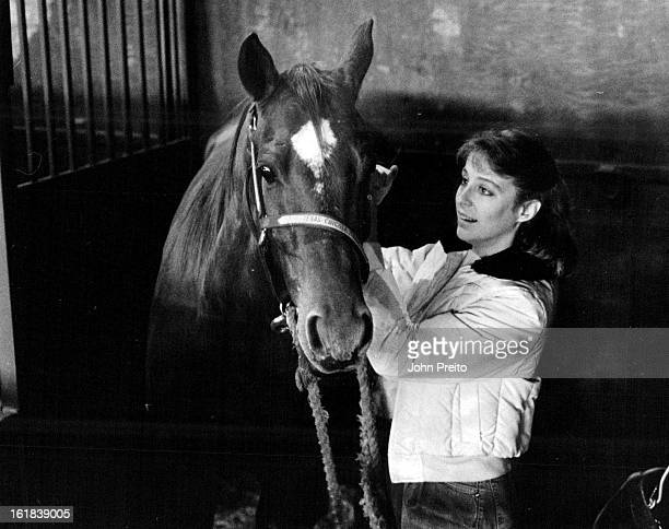 1201987 1211987 Stockshow Barrel Racer Jackie Peters with her horse