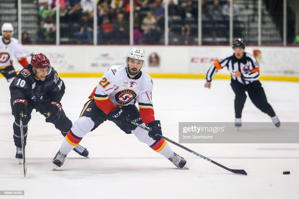AHL: DEC 23 Stockton Heat at Tucson Roadrunners : News Photo