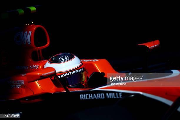 Stoffel Vandoorne of Belgium driving the McLaren Honda Formula 1 Team McLaren MCL32 during final practice for the Formula One Grand Prix of Russia on...