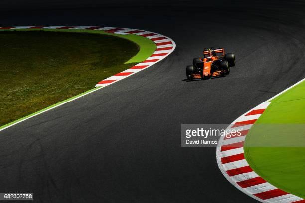Stoffel Vandoorne of Belgium driving the McLaren Honda Formula 1 Team McLaren MCL32 on track during practice for the Spanish Formula One Grand Prix...