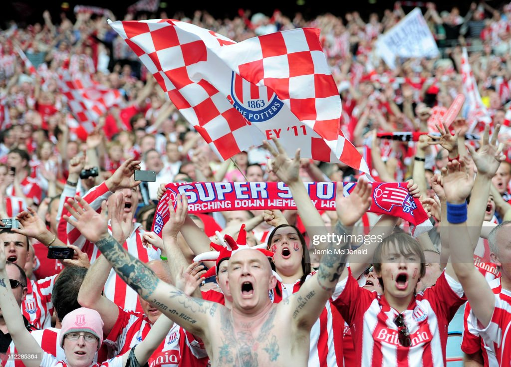 Bolton Wanderers v  Stoke City - FA Cup Semi Final : News Photo
