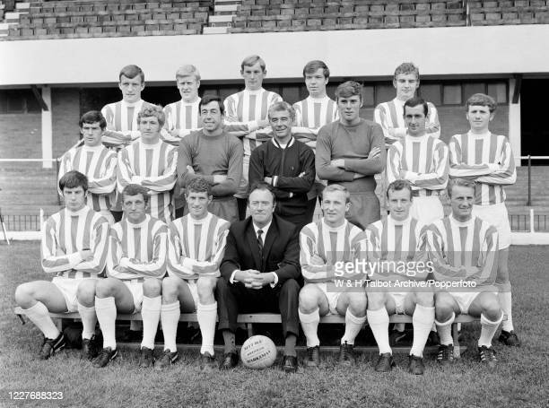 Stoke City line up for a team photograph at the Victoria Ground on August 7, 1968 in Stoke-on-Trent, England. Back row : Bill Bentley, Tony Allen,...